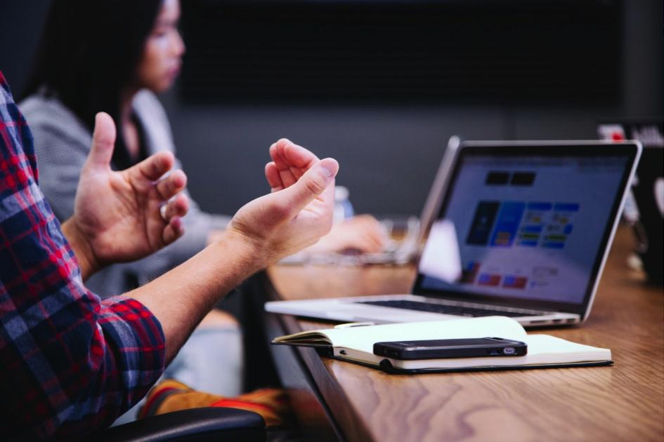 Das Beitragsbild zu dem Blogbeitrag über Tools die Euren Arbeitsalltag erleichtern